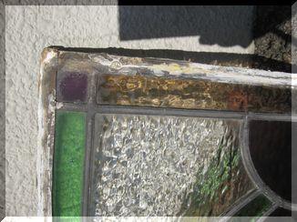 ステンドグラスとシャンデリア 002