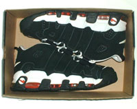 air_more_uptempo_blk_red_8.jpg