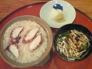 鼓や 蛸ご飯 漬物 赤出汁