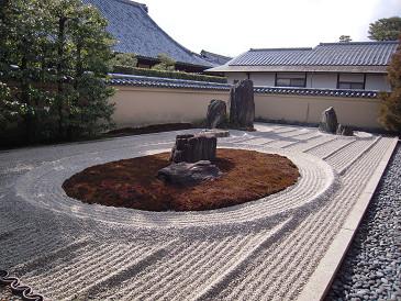 大徳寺 龍源院 石庭
