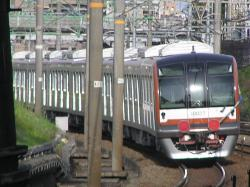 東京メトロ10000系甲種輸送02