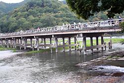 観月橋はもう木じゃないんですね。