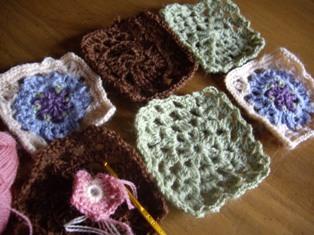 モチーフ編み。。。