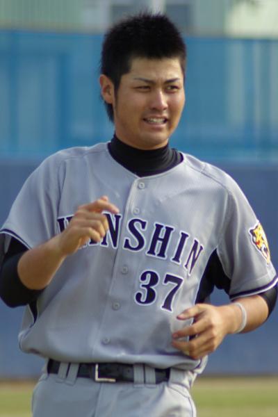 20080405_試合後の練習でダッシュをする野原将志