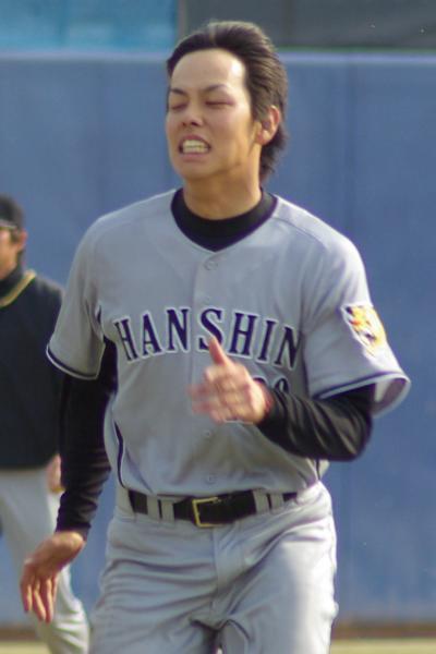 20080405_試合後の練習でダッシュをする必死の形相の田中慎太朗