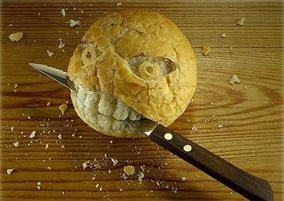 凶悪なパン(食材アート)
