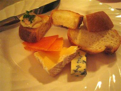 ヨーロッパ産チーズの盛り合わせハーフ