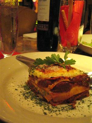 イタリア「マンマ」の味 ミートソースのラザニア