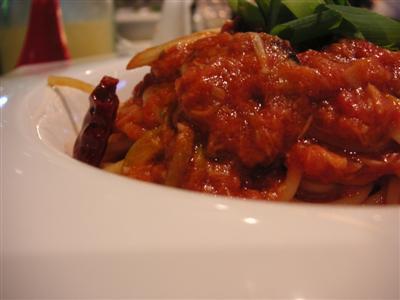 トマト味のパスタ