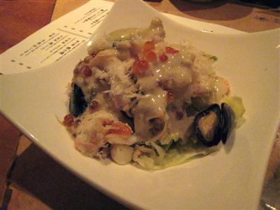 紅ずわい蟹とイクラのシーフードサラダ