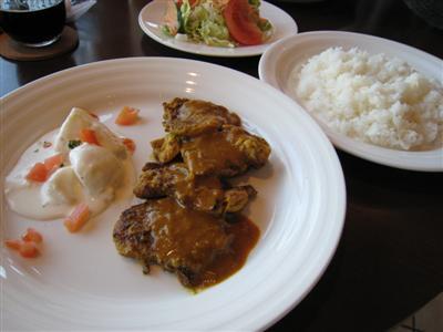 国産豚ヒレ肉のガラムマサラソテーとbeefカレー