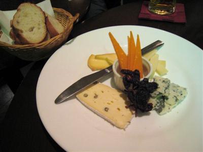 ヨーロッパ産チーズ おまかせ盛り合わせ