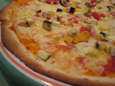 南欧野菜のピッツァ