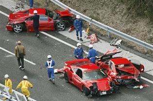 フェラーリ事故@中国自動車道