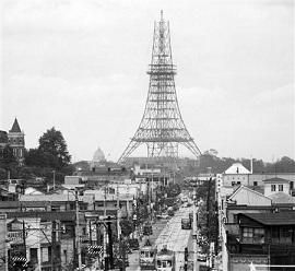 建設中の東京タワー