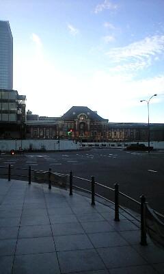 東京駅イン朝もや