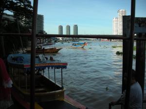 水上ボート1