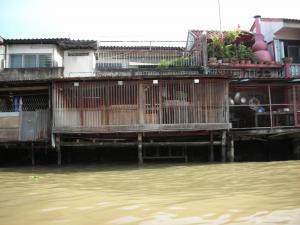 水上ボート3