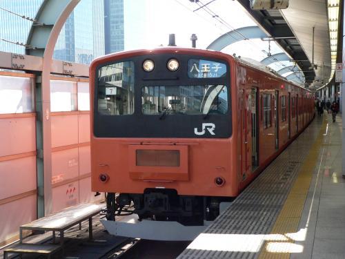 中央線201系東京駅