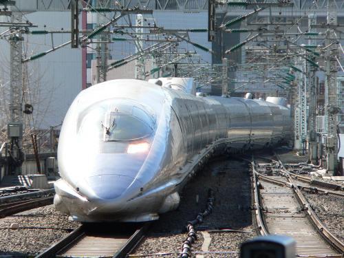 500系のぞみ東京駅入線