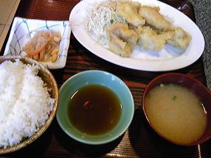 「とり天定食」あしずり定食センター(那珂川町)
