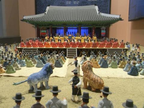 文化室 華城行宮奉寿堂 恵慶宮 還暦祝模型