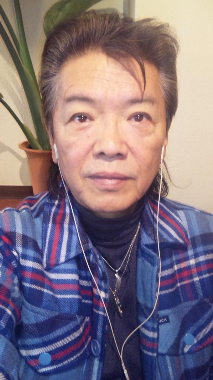 SH384831_convert_20110109183353[1]