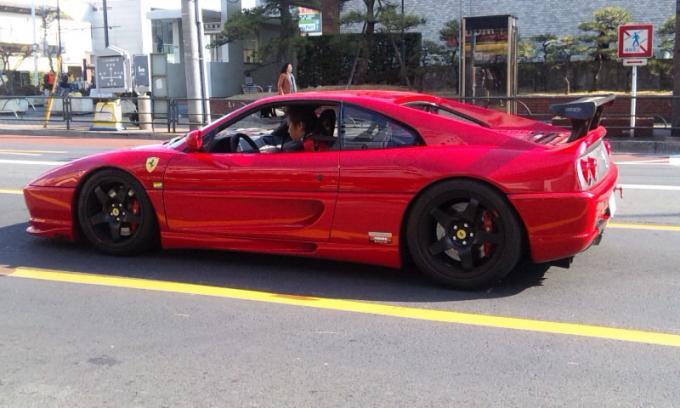 Ferrari F 355_20110207