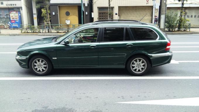 JAGUAR X-TYPE ESTATE_20110212