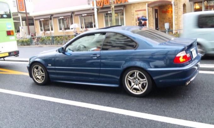 BMW 330i_20110324