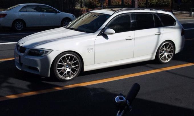 BMW 325i_20110326
