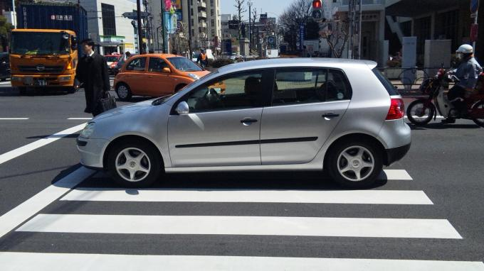 VW GOLF_20110329