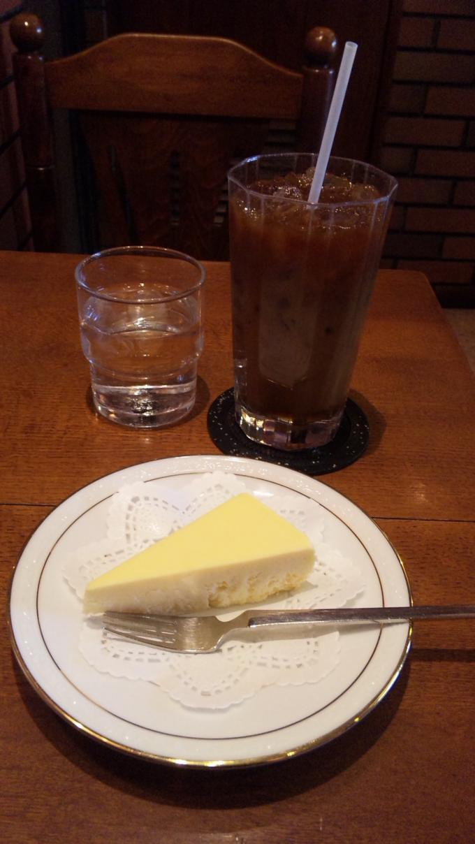 レア・チーズ・ケーキ・セット_20110330