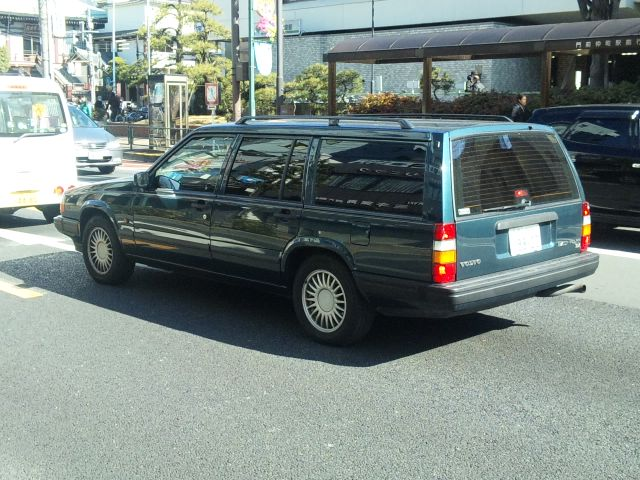 VOLVO 960 ESTATE_20110213