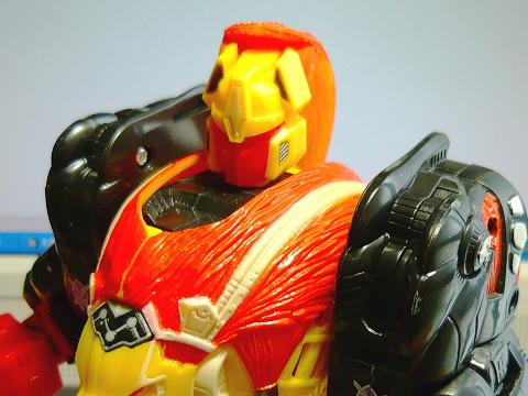 レーザークロー01
