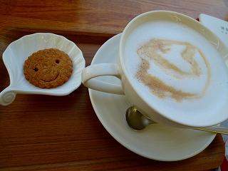 カフェでひといき