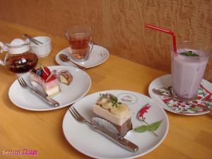 cakeset_convert_.jpg