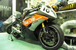 R6レーサー ペイント