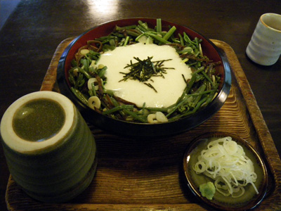 山菜とろろ蕎麦
