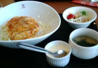 DODONのチキン南蛮丼(2)