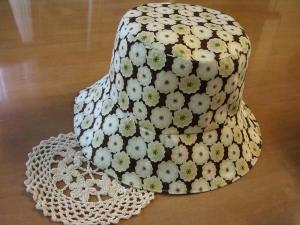 リバティー茶帽子