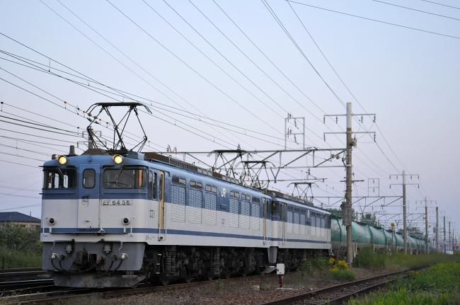 5883レ EF64-56+61号機