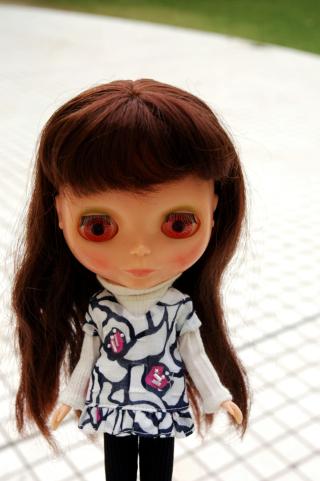 blythe,white,brunette,pink eye