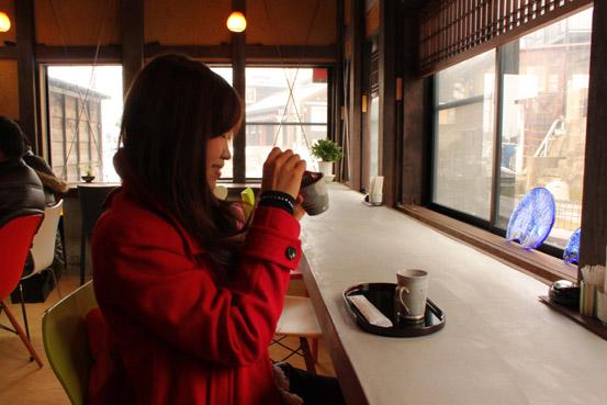 カフェでマンゴープリン