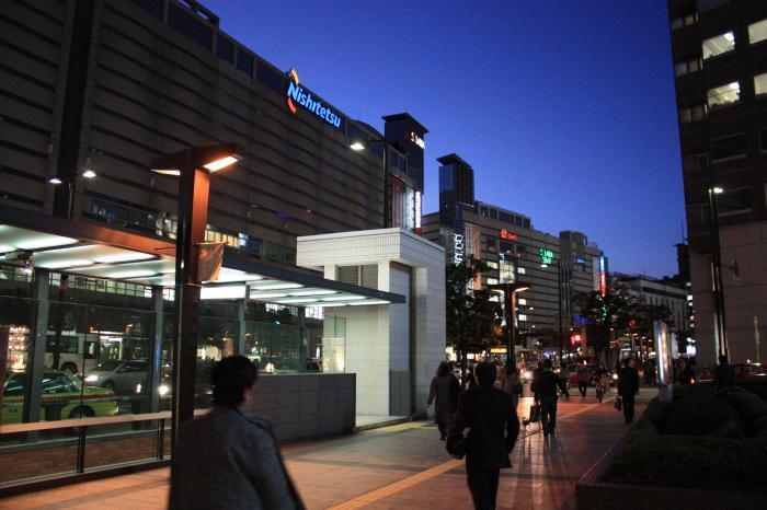 渡辺通りの三越やら福岡駅やらソラリアやら
