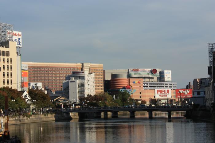福博であい橋から撮ったキャナルシティの風景