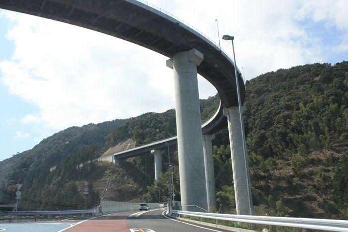 三瀬峠ループ橋