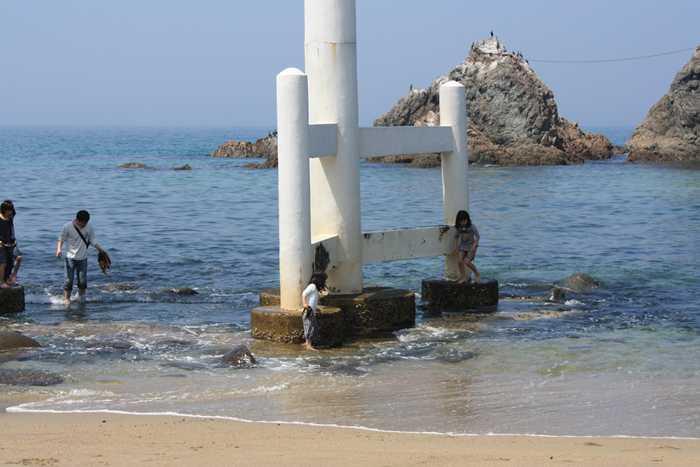 志摩町・桜井二見ヶ浦の夫婦岩