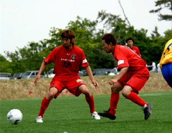 03 Jun 07 - Morishin's tackle each other against Nagoya Club