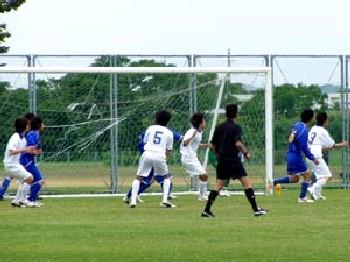 03 Jun 07 - Ventana in blue clash with Sanwa Club
